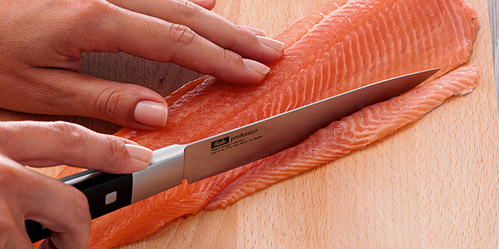 Remove the pale belly fat from the meat