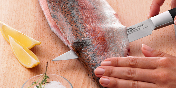 Carefully separate the fillet from the backbone